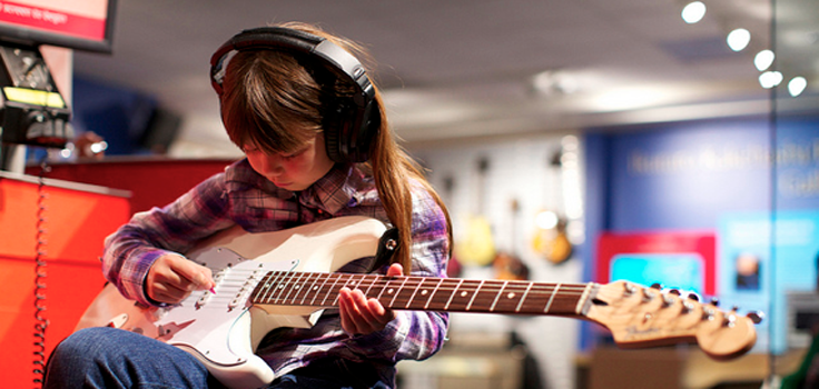 museum of Making Music-girl-guitar