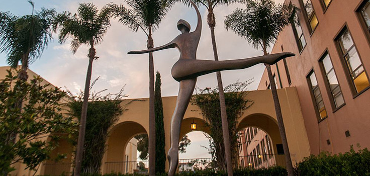 arts liberty statue