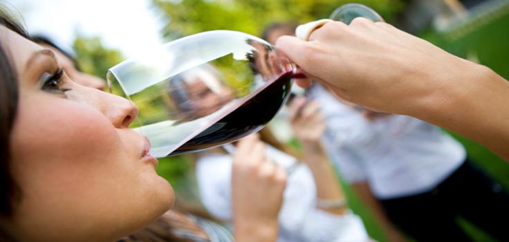 woman-tasting-wine1