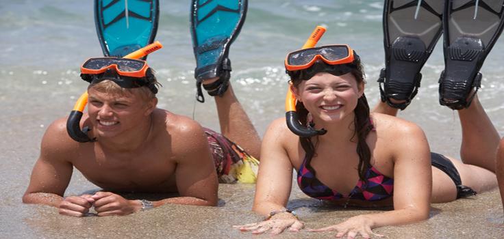 girl-boy-fins-La-jolla-kayak
