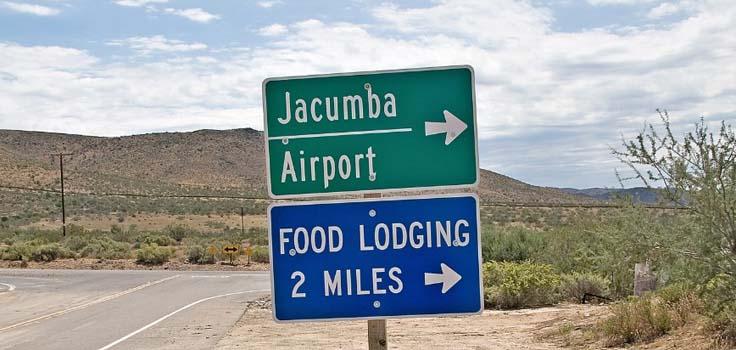 jacumba-direction-sign