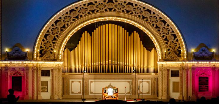 nightime closeup organist