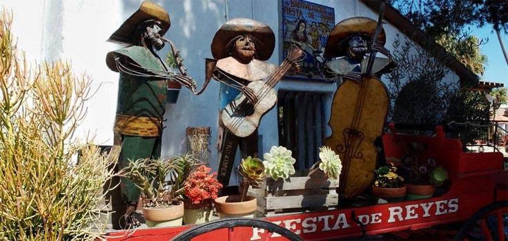 Fiesta de Reyes-Courtyard-Plants-4