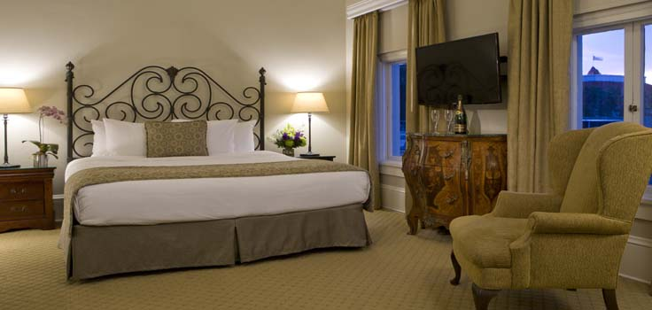Mansion King Rooms Vary